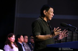 President Duterte fires Bacolod City police chief, 4 other police officials, for alleged drug links