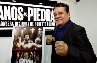 """Former professional boxer Roberto Duran -aka """"Manos de Piedra"""" (Stone Hands)- poses during an interview with AFP in Mexico City on October 18, 2016. - Duran is in Mexico to promote a biographical movie. (Photo by ALFREDO ESTRELLA / AFP)"""