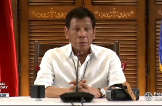 President Duterte hailed Filipino frontliners in the country and abroad in his National Heroes' Day message on Monday./PCOO/