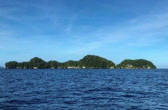 """This photo taken on February 15, 2018 shows a general view of Rock islands in the Pacific island nation of Palau. - The tiny Pacific nation of Palau has urged the United States military to build bases on its territory -- which lies in a region where Washington is pushing back against growing Chinese influence. US Defense Secretary Mark Esper visited the island nation in August 2020 and accused Beijing of """"ongoing destabilising activities"""" in the Pacific. (Photo by Mikhail FLORES / AFP)"""