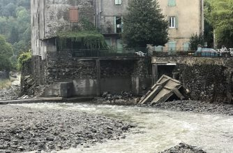 A photo taken on September 20, 2020 shows the damage in Valleraugue, southern France, a day after torrential rains swept southern France. - The Gard region, where firefighters reported the missing person, was on red alert after as much as 350 millimetres (13.5 inches) of rain fell in parts of the Cevennes mountain range on the edge of the Massif Central. (Photo by Bernard FAVIER / AFP)
