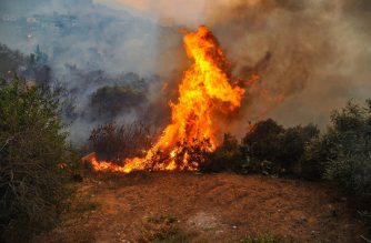 "A handout picture released by the official Syrian Arab News Agency (SANA) on October 10, 2020 shows a fire devouring a forest in Syria's Latakia province the previous day. (Photo by - / SANA / AFP) / == RESTRICTED TO EDITORIAL USE - MANDATORY CREDIT ""AFP PHOTO / HO / SANA"" - NO MARKETING NO ADVERTISING CAMPAIGNS - DISTRIBUTED AS A SERVICE TO CLIENTS =="