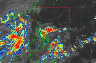"""Batangas, other areas under Signal No. 1 as """"Ofel"""" makes landfall over Can-Avid, E. Samar"""