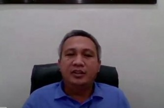 Passi City mayor Stephen Palmares talking about the Enhanced Community Quarantine (ECQ) protocols in his city due to rising COVID-19 cases. (Screenshot from Laging Handa Press briefing on Jan. 30, 2021)