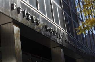 "A general view of the Pfizer world headquarters in New York is seen on November 9, 2020. - Pfizer stock surged higher on November 9, 2020 prior to the opening of Wall Street trading after the company announced its vaccine is ""90 percent effective"" against Covid-19 infections. The news cheered markets worldwide, especially as coronavirus cases are spiking, forcing millions of people back into lockdown. (Photo by Kena Betancur / AFP)"