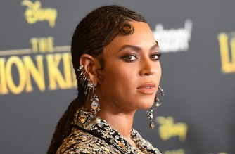 "US singer/songwriter Beyonce arrives for the world premiere of Disney's ""The Lion King"" at the Dolby theatre on July 9, 2019 in Hollywood. (Photo by Robyn Beck / AFP)"