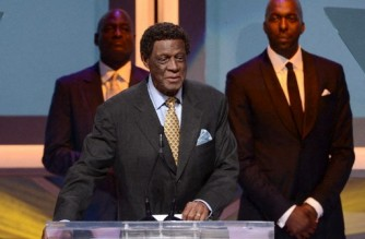 (FILES) In this file photo taken on May 18, 2013 former NBA player Elgin Baylor speaks onstage at the 28th Anniversary Sports Spectacular Gala at the Hyatt Regency Century Plaza in Century City, California. - Los Angeles Lakers legend Elgin Baylor, widely regarded as one of the greatest players never to win a championship after playing and losing in eight NBA Finals, died on March 22, 2021, the franchise announced. He was 86. (Photo by KEVIN WINTER / GETTY IMAGES NORTH AMERICA / AFP)
