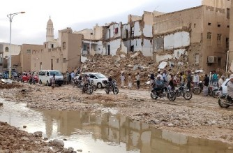 A picture taken on May 3, 2021, the aftermath of flash floods in the city Tarim in Yemen's central province of Hadramawt. - Four people have been killed in flash floods following heavy rains in the historic Yemeni city of Tarim, state media said. The city, located in the central province of Hadramawt, is best known for its mud-brick structures and more than 360 mosques including Al-Mehdar, which has the tallest minaret in the country. (Photo by STR / AFP)