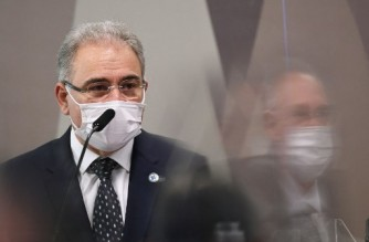 Brazilian Health Minister Marcelo Queiroga speaks during a session of the Parliamentary Committee of Inquiry that will investigate the government's handling of the coronavirus pandemic in Brasilia on June 8, 2021. (Photo by EVARISTO SA / AFP)