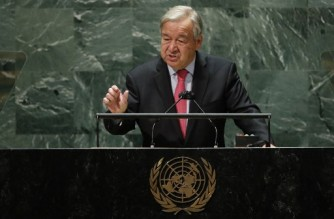 United Nations Secretary-General Antonio Guterres addresses the 76th Session of the UN General Assembly on September 21, 2021 in New York. - UN Secretary-General Antonio Guterres on Tuesday urged the United States and China to engage in dialogue, warning of an increasingly divided world. (Photo by Eduardo MUNOZ ALVAREZ / POOL / AFP)
