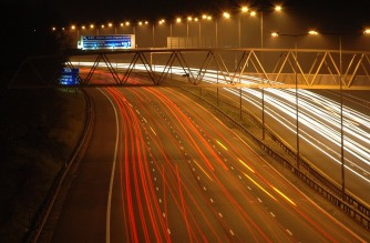 This is taken from the A23 over the M25 London Orbital just north of Merstham, near Redhill. (Photo by: Andrew Wales Berks, UK/https://www.flickr.com/people/68731984@N00)