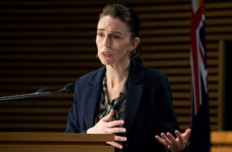 New Zealand's Prime Minister Jacinda Ardern speaks during a press conference in Wellington on September 4, 2021, after the country recorded its first Covid-related death in six months. (Photo by Mark Mitchell / POOL / AFP) / POOL